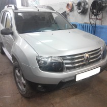 Renault Duster – фото 1